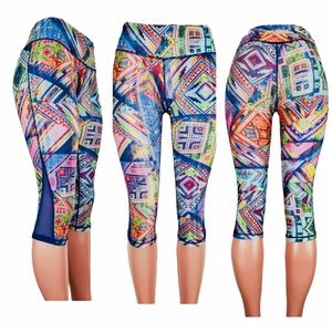 Pink Lotus Colorful Yoga Cropped Leggings Medium